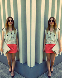 Zuzanna M. - Stradivarius Shoes, H&M Skirt, H&M T Shirt, Diy Necklace, H&M Sunglasses, ? Clutch - We are young
