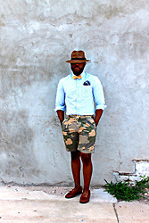 RICH CAINE - Hat   Brixton, Bowtie   Rugby, Pocket Square   Daniel Cremieux, Oxford Striped Shirt   Charles 1/2, Camo Shorts   Lands End Canvas, Cole Haan Loafers   - THE VISITOR...
