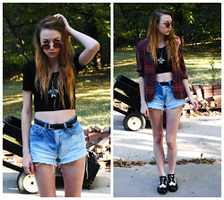 Megan Brigance - Forever 21 Crop Top, Diy, Thrifted Ombre Shorts, Thrifted Shoes, Thrifted Cardigan, Vintage Necklace - Summer look