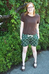 Chelsea P - Oasap Fawn Print Shorts, Old Navy Basic T, Target Mary Jane Heels - Fawned Over