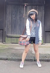Evelyn Tirza - Grinitty Shop Bowler Hat, Unbranded Moustache Necklace, Ripcurl Varsity Jacket, Gowigasa Vintage School Bag, Stradivarius Black Shorts, Gosh White Sneakers - Fantastic Korea-Day 2