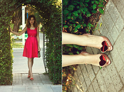 Katerina Revenko - Oasis Dress, Vivienne Westwood Shoes - Hot Pink!