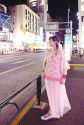 Mnon D.E - H&M Lacery Stuff Like Every Japanese Girl, Jennyfer Pink Top, Spinns Long Tulle Skirt - Seagull Screaming