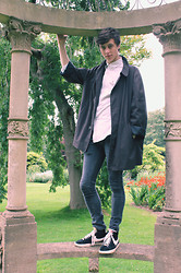 David Smale - London Fog Check Over Coat, Ralph Lauren Shirt, Topman Skinny Jeans, Nike Blazers - Tessier