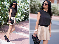 WOWS . - Versace Top, Zara Leather Skirt, Prada Sunglasses - NUDE LEATHER SKIRT + GOLDEN STUDS