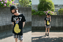 Occun _ - Joyrich Tee, A.P.C. Shorts - Snow White - - - - - - N°7