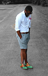 RICH CAINE - Pocket Square   Daniel Cremeiux, Tommy Hilfiger Shorts  , Cole Haan Saddle Shoes  , Oxford Shirt   The @Mbitious Kool - EVERYTHING ELSE IS JUS BLACK & WHITE