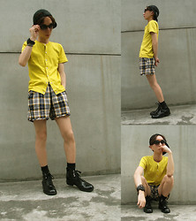 Occun _ - Supreme Cap, Super Sunglasses, Carven Tops, A.P.C. Shorts, Junya Watanabe Boots - Summer ** BOOTS style