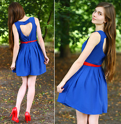 Ariadna Majewska - Romwe Heart Back Blue Dress, Toria Blanic Red Heels, Romwe Red Belt - Give me your heart...