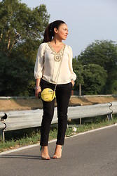 Valentina Coco - Ice Iceberg Blousa, Zara Pants, Ice Iceberg Bag, Primadonna Shoes - Fantastic girl