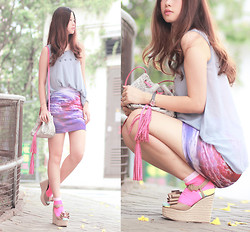 Mayo Wo - Ianywear Sunday Chiffon Vest, Beckybwardrobe Purple Sky Skirt, Quendoline Python Purse, Yesstyle Color Block Socks, Valentino Bow Wedges - Sunday purple sky