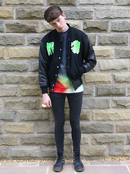 Joel Mcloughlin - Katie Eary Varsity Jacket Aw/11, Kdmm Powder Beam Sweatshirt, Os Accessories Knuckle Ring - Home Run