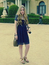 Anna Trapé - Zara Dress, Primark Bag, Pull & Bear Heels - 080 Barcelona Fashion