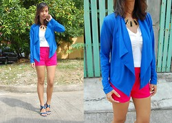 SalveeLangella Retuya - Redhead Blazer, Bratz Shop Cebu Shorts - Panel