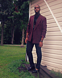 Michael Logan - Burgundy Blazer, Shiny Silky Black Shirt, Aldo Bracelet, H&M Black Slacks, Black Loafers - I'm still here.