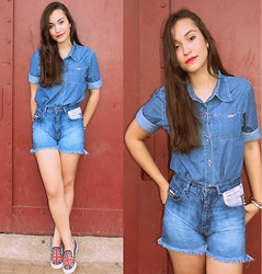 Larissa Cidral - Converse England, Jeans Shirt, Domark Jeans Shorts - God save the Queen.