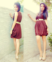 Chabby Le Requin - Sadaka's Collection Brown Dress, People Are Gold Glittered Shoes - Brown & Gold