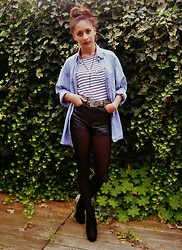 STYLE MOUNTAIN - Vintage Denim Shirt, New Look Stripped Crop, Vintage Pony Skin Leopard Print Belt, H&M Faux Leather Shorts, Primark Faux Suede And Snakeskin - Denim, Leather & Stripes