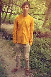 Lesuk Hrunhcuk - Gino Milelli Top Siders, Takeshy Kurosawa Chinos, Pull & Bear Shirt - August 10, 2012.