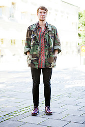 Martin Bohm - Dr. Martens Docs, Cheap Monday Jeans, Vintage Shirt, Vintage Us Army Jacket - Everyday warfare