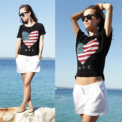 Iva K - Pull & Bear Shirt, Promod Shorts, Ray Ban Eyewear - NYC