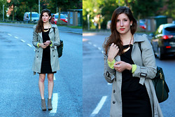 Yvonne K - Zara Trench, Monki Yellow Shirt, Zara Bag, Wera Stockholm Shirt, H&M Skirt, Rizzo Boots / Heels - GREYED