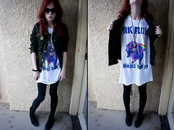Zoe C - Military Jacket, Boyfriend Pink Floyd Tee, Old Navy Boots, Thrifted Necklace - ANIMALS
