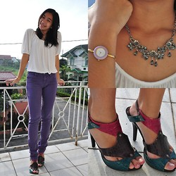 Geraleen Nicole Gaytano - Cotton On Top, Paddock's Jeans, Gucci Watch, Forever 21 Necklace, Syrup Heels - 08/12/12