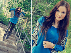 Ida Eriksson - Leopard Panel Long Bat Sleeve T Shirt - Blue & leopard baby