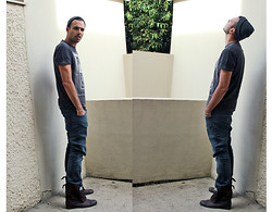 Ben ALLARD - Levi's® 504, Levi's® Tee, All Saints Boots, All Saints Beanie - What did you say?