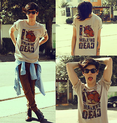 Vini Uehara - Reverbcity The Walking Dead T Shirt, Guidomaggi Boots - You treat me like a stranger and that feels so rough