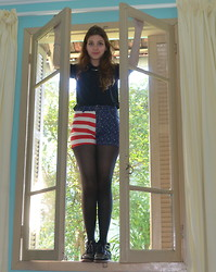 Gabriela Fiorindo - Shirt, Shorts, Tights, Sneakers, Necklace - May I come in ?