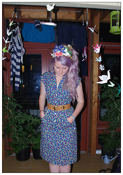Martha Blue Mitchell-Gillespie - Vintage Floral Dress, Unknown Vintage Leather Belt - I'll Fly Away