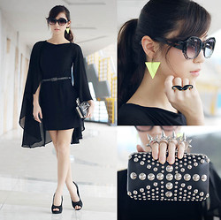 Kryz Uy - Lemon Online Bag, Ministry Of Retail Dress, R Heels, Giftsahoy Earrings, Wagw Sunnies, Eazy Fashion Ring - Caped Crusader