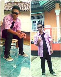 Sigit Saputra - Zara Purple Shirt, Levi's® Black Jeans, Vans Zopato, Local Brand Black Glasses - Purple and Black