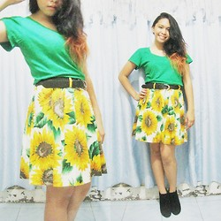 Lesly D. - Thrifted Green Basic Tee, Brother's Belt, Thrifted Sunflower Pleated Skirt, Suede Bootie Wedges - Sunflower power!