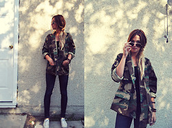 Julie C - Vintage Army Jacket, Converse, Ray Ban Aviators - Never Stop Wondering