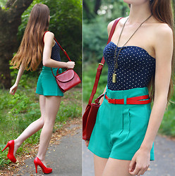 Ariadna Majewska - Pull & Bear Navy Blue Spotted Bodysuit, Romwe Red Belt High Waist Green Shorts, Toria Blanic Red Heels, Romwe Embossing Surface Retro Dark Red Bag, L.O.L.A Vinage Watch Necklace - Retro swing
