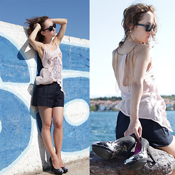 Iva K - Zara Shorts, Ed Hardy Heels, Bershka Top - Wind of change