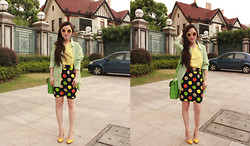 HEIDI KIM - Mint Pocket Shirts, Yellow Leather Pumps, Dot Printed Silk Pencil Skirt, Yellow Silk Chiffon Sleeveless Top, Vintage Sunglasses, Cambridge Satchel - FINAL HOME