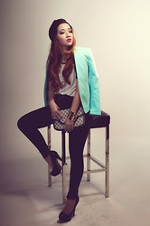 Hannah Tan - H&M Aqua Blazer, Zara Tailored Pants, Gucci Vintage Clutch, Topshop Patent Pumps, Turban, H&M Gold Cuffs - The Parisian Dream