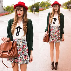 Steffy Degreff - Tea And Tulips Floral Skirt, Tea And Tulips Green Cardi - It's a floral sunset ♥