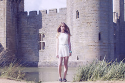 Sarah H - Primark Playsuit, Primark Belt, Forever 21 Bracelets, Thrifted Sandals - CASTLES AND UNICORNS