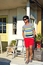 Hajime Yamamoto - Ray Ban Sunglasses, H&M Stripped Shirt, United Colors Of Benetton Red Cotton Short Pants, Espadrille - PERFECTLY LONELY