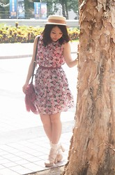 Tamiko Chan - Miia Boater Hat, Vintage Floral Dress - ROSE