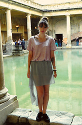 Hannah Victoriaa - H&M Pink Metallic Tee, Hi Lo Skirt, Creepers - When In Rome... (or Roman Baths) Day 1