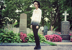 Daniel Nyberg - Monki Dip Dye Shirt, Bikbok Necklace, Buttericks Ortodox Jew - ✞ thousand year old pagan sacrificial site ✞