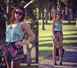 Anita Mattioni - Jessica Buurman Bracelet, Vintage Sequined Top, Oasap Printed Shorts, Zara Pumps - Baroque-Printed