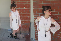 Jackie Groffman - Nasty Gal Dress, Jeffrey Campbell Tripoli Boots, Christian Dior Sunglasses - Holla Holla!