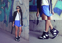 Naina Kamath - H&M Blazer, Iclothing Blouse, Speedo Sports Shorts, Iclothing Wedge Sneakers - Style is a Cousin to Class